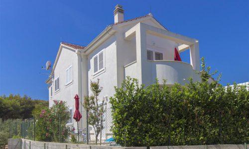 Villla_Tribunj-House_exterior