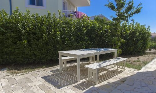 Villla_Tribunj-Garden_furniture-barbecue_area